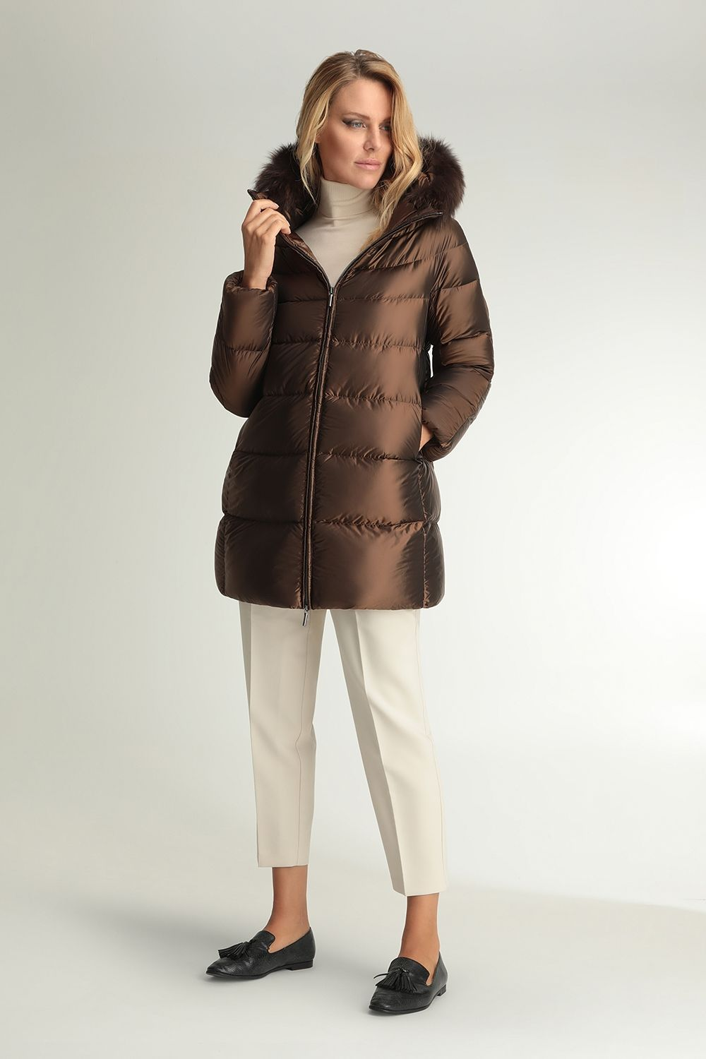 Hanna brown hooded cape