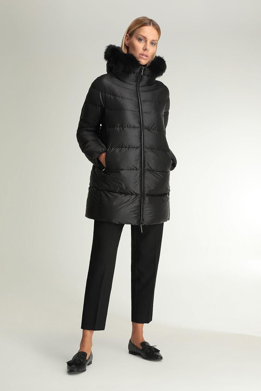 Hanna black hooded cape