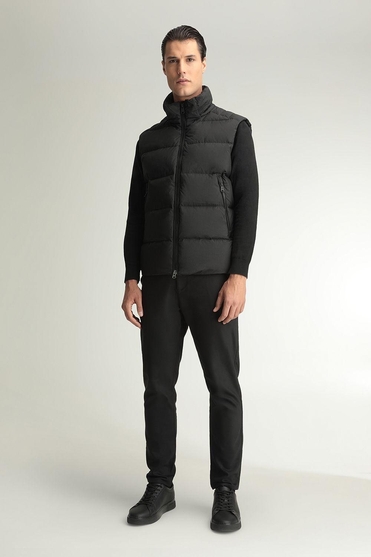 Arthur black vest